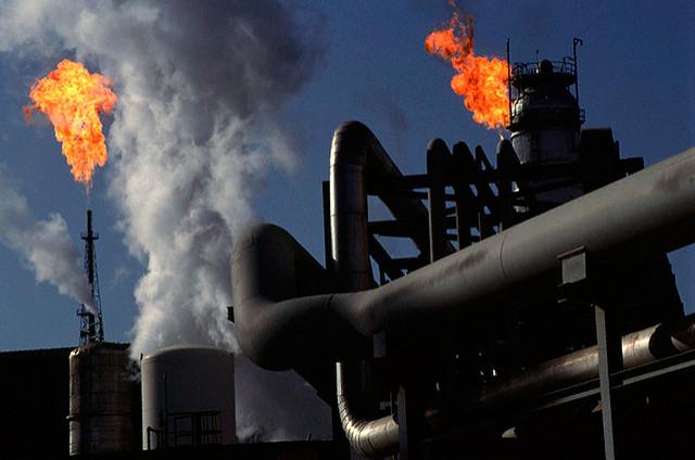 Iran Oil Exports–VS–New American Sanctions.